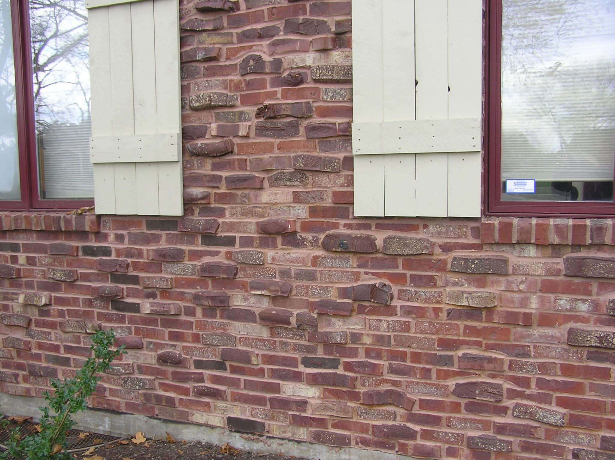 You can view the back of a house built with Tudor Clinker brick.