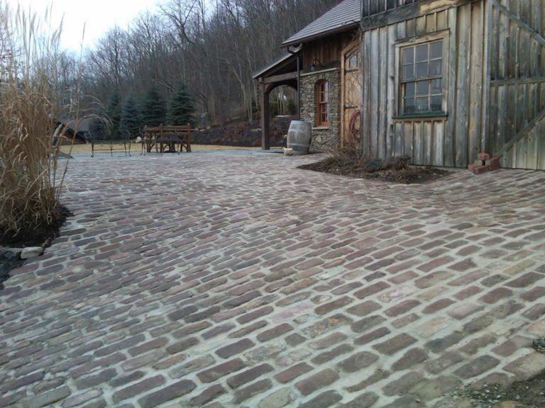 old-english-fingerlakes-cobblestone1