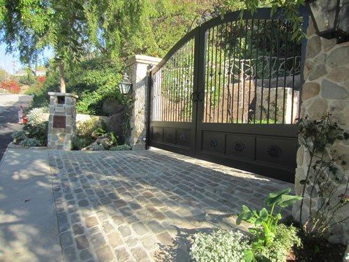 Antique Cobblestone Pavers