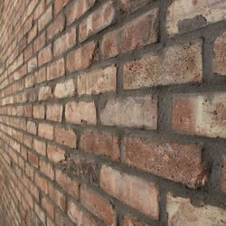 Close-up of a wall made out of Old Chicago Brick Veneer.