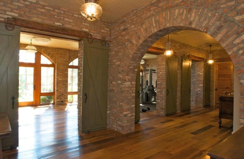 House with all the interior walls made out of Old Chicago Brick Veneer and an arcade.