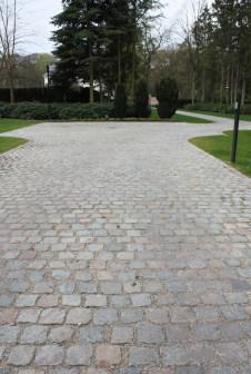 Antique European Porphyry Cobbles | Driveway