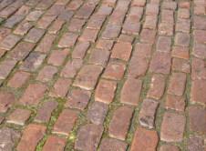 Historical-Bricks-Project-Ideas-Custom-Cobblestone-Driveways-Minnesota-Antique Quartzite Cobble