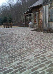Historical-Bricks-Project-Ideas-Custom-Cobblestone-Driveways-Fingerlakes-NY-Old English Fingerlakes Cobblestone1