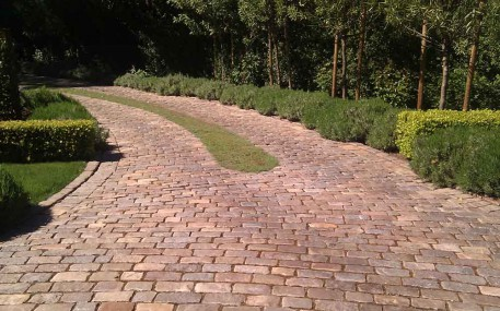 Blend-Cobblestone-Atherton-CA-Antique-Granite-CA