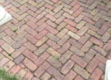 Historical-Bricks-Project-Ideas-Brick-Driveway-New-York-City-Antique Des Moines Pavers