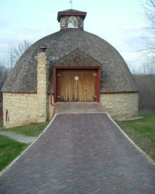 Historical-Bricks-Project-Ideas-Brick-Driveway-Iowa-City-IA-Iowa Paver Barn